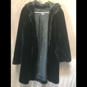 Dennis basso cost black with hood.sz Small